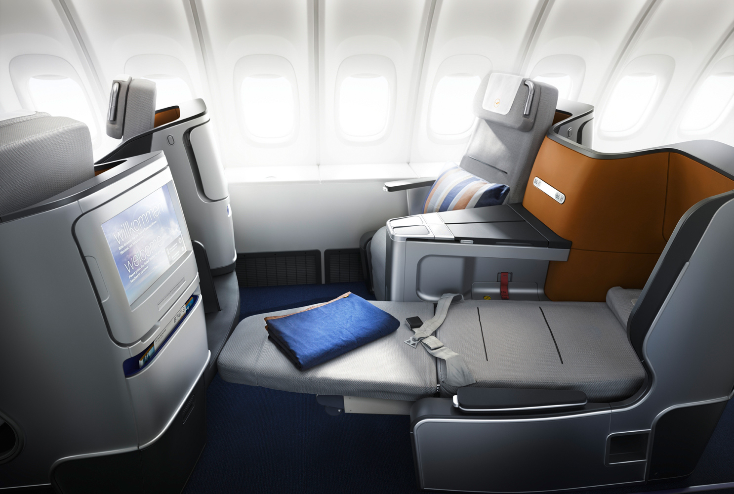 Billig Business Class fliegen:: Lufthansa Business Class Sitz