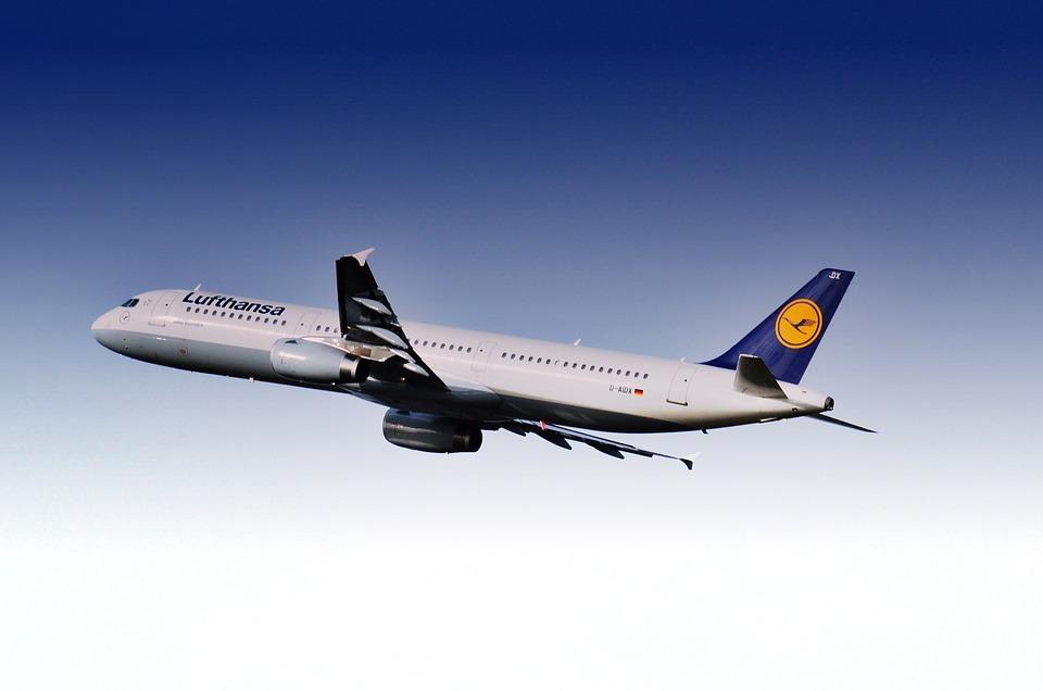 Nur Heute Lufthansa Cyber Monday Spezial 30 Euro Rabatt Auf