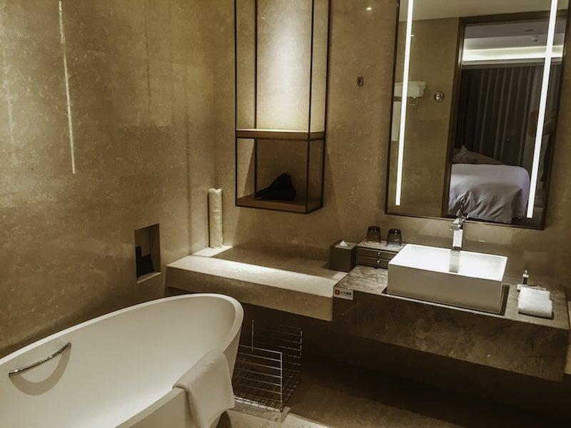 Badezimmer mit leicht beheizter Toilettenbrille